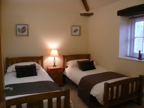 Carlton Mill, Carlisle, Twin bedroom, Lakes cottage holidays