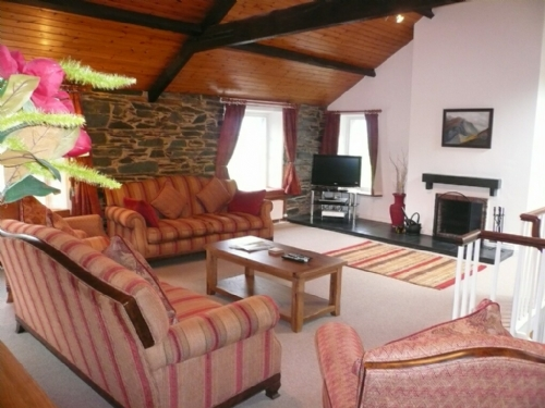 Coombe Cottage, Lounge, Lakes Cottage Holidays