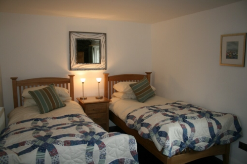 Coombe Cottage, Bedroom, Lakes Cottage Holidays