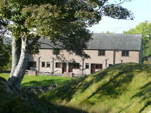 WOODSIDE COTTAGE 1, Pooley Bridge Holiday Park, Ullswater