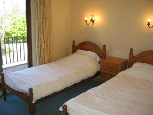 WOODSIDE COTTAGE 4, Pooley Bridge Holiday Park, Ullswater