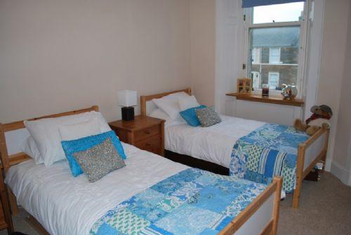 Twin bedroom (ensuite)