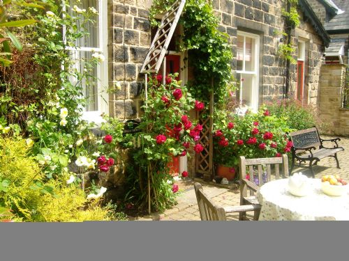 Upfront,up,front,reviews,accommodation,self,catering,rental,holiday,homes,cottages,feedback,information,genuine,trust,worthy,trustworthy,supercontrol,system,guests,customers,verified,exclusive,orchard cottage,westwood lodge ilkley moor,ilkley,,image,of,photo,picture,view