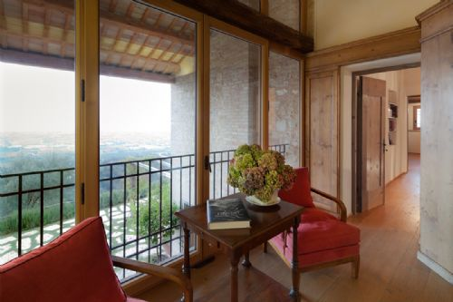 Upfront,up,front,reviews,accommodation,self,catering,rental,holiday,homes,cottages,feedback,information,genuine,trust,worthy,trustworthy,supercontrol,system,guests,customers,verified,exclusive,villa asolo,bridgewater's idyllic italy,asolo,,image,of,photo,picture,view