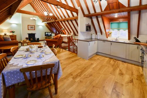 Upfront,up,front,reviews,accommodation,self,catering,rental,holiday,homes,cottages,feedback,information,genuine,trust,worthy,trustworthy,supercontrol,system,guests,customers,verified,exclusive,the appleloft,lower wood farm,nr great yarmouth,,image,of,photo,picture,view