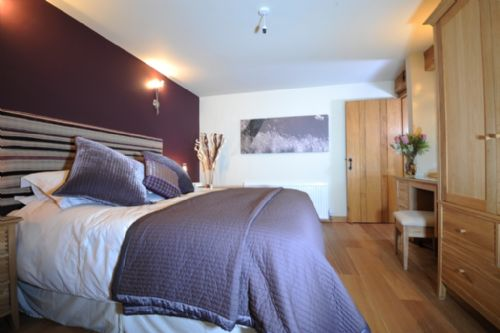 Upfront,up,front,reviews,accommodation,self,catering,rental,holiday,homes,cottages,feedback,information,genuine,trust,worthy,trustworthy,supercontrol,system,guests,customers,verified,exclusive,the carthouse,roundhouse barns,st just in roseland,,image,of,photo,picture,view