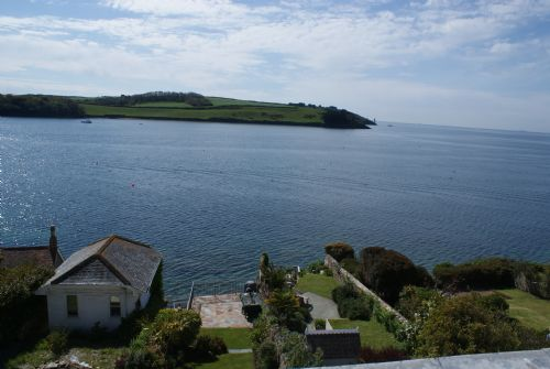 Upfront,up,front,reviews,accommodation,self,catering,rental,holiday,homes,cottages,feedback,information,genuine,trust,worthy,trustworthy,supercontrol,system,guests,customers,verified,exclusive,moorings,portscatho holidays,st mawes,,image,of,photo,picture,view