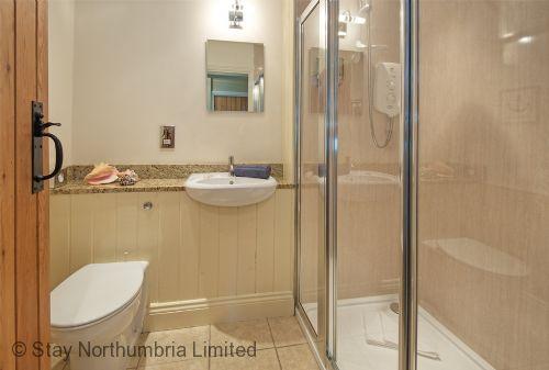 Ground floor easy access 1700 shower
