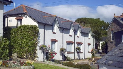 Upfront,up,front,reviews,accommodation,self,catering,rental,holiday,homes,cottages,feedback,information,genuine,trust,worthy,trustworthy,supercontrol,system,guests,customers,verified,exclusive,grebe,broomhill manor country estate,,,image,of,photo,picture,view