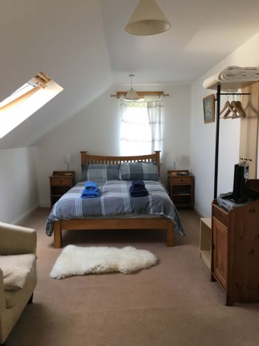 Upfront,up,front,reviews,accommodation,self,catering,rental,holiday,homes,cottages,feedback,information,genuine,trust,worthy,trustworthy,supercontrol,system,guests,customers,verified,exclusive,barnweil,islands and highlands cottages,waternish,,image,of,photo,picture,view