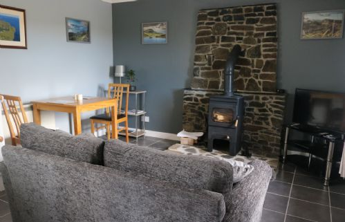Upfront,up,front,reviews,accommodation,self,catering,rental,holiday,homes,cottages,feedback,information,genuine,trust,worthy,trustworthy,supercontrol,system,guests,customers,verified,exclusive,tigh anndra,islands and highlands cottages,flodigarry,,image,of,photo,picture,view