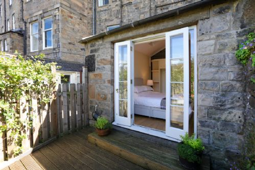 Upfront,up,front,reviews,accommodation,self,catering,rental,holiday,homes,cottages,feedback,information,genuine,trust,worthy,trustworthy,supercontrol,system,guests,customers,verified,exclusive,royal circus - 1 bed,greatbase apartments ltd,edinburgh,,image,of,photo,picture,view