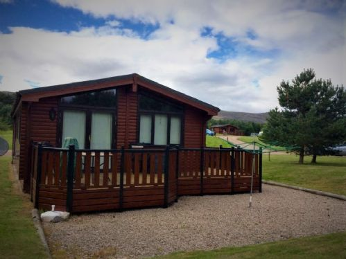 Upfront,up,front,reviews,accommodation,self,catering,rental,holiday,homes,cottages,feedback,information,genuine,trust,worthy,trustworthy,supercontrol,system,guests,customers,verified,exclusive,chalet 41 ,dalraddy holiday park,nr aviemore,,image,of,photo,picture,view