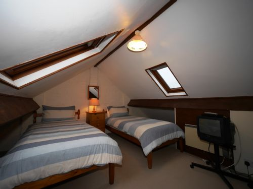 Upfront,up,front,reviews,accommodation,self,catering,rental,holiday,homes,cottages,feedback,information,genuine,trust,worthy,trustworthy,supercontrol,system,guests,customers,verified,exclusive,crooklets cl3bedpf-6,select villages,bude,,image,of,photo,picture,view