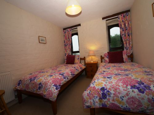 Upfront,up,front,reviews,accommodation,self,catering,rental,holiday,homes,cottages,feedback,information,genuine,trust,worthy,trustworthy,supercontrol,system,guests,customers,verified,exclusive,summerleaze sl3bedsv-6,select villages,bude,,image,of,photo,picture,view