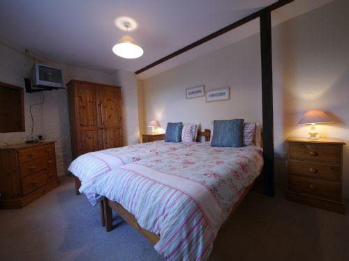 Upfront,up,front,reviews,accommodation,self,catering,rental,holiday,homes,cottages,feedback,information,genuine,trust,worthy,trustworthy,supercontrol,system,guests,customers,verified,exclusive,salthouse sh2bedpf-4,select villages,bude,,image,of,photo,picture,view