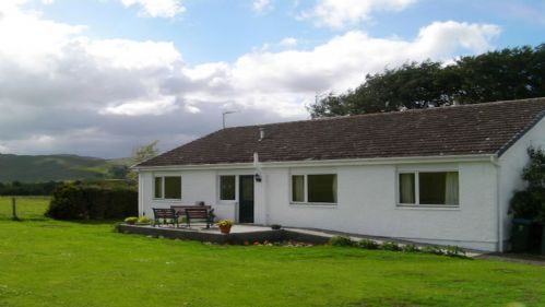 Upfront,up,front,reviews,accommodation,self,catering,rental,holiday,homes,cottages,feedback,information,genuine,trust,worthy,trustworthy,supercontrol,system,guests,customers,verified,exclusive,foulford south wing,cooper cottages,crieff,,image,of,photo,picture,view