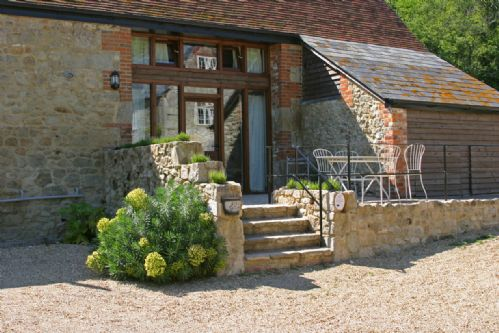 Upfront,up,front,reviews,accommodation,self,catering,rental,holiday,homes,cottages,feedback,information,genuine,trust,worthy,trustworthy,supercontrol,system,guests,customers,verified,exclusive,kiln cottage,the garlic farm,newchurch,,image,of,photo,picture,view