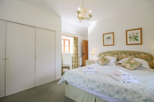 Upfront,up,front,reviews,accommodation,self,catering,rental,holiday,homes,cottages,feedback,information,genuine,trust,worthy,trustworthy,supercontrol,system,guests,customers,verified,exclusive,kelly green mill,cornwalls cottages ltd,wadebridge,,image,of,photo,picture,view