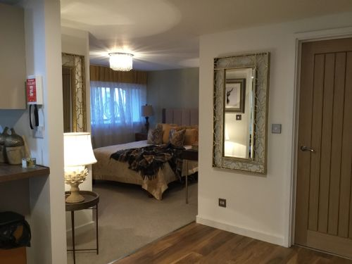 Upfront,up,front,reviews,accommodation,self,catering,rental,holiday,homes,cottages,feedback,information,genuine,trust,worthy,trustworthy,supercontrol,system,guests,customers,verified,exclusive,swallows nest,cwrt-yr-ala,michaelston le pit,,image,of,photo,picture,view