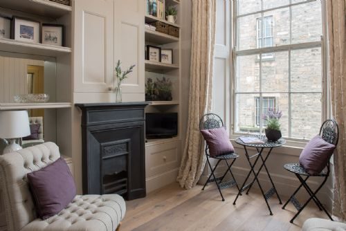 Upfront,up,front,reviews,accommodation,self,catering,rental,holiday,homes,cottages,feedback,information,genuine,trust,worthy,trustworthy,supercontrol,system,guests,customers,verified,exclusive,rutland square,greatbase apartments ltd,edinburgh,,image,of,photo,picture,view