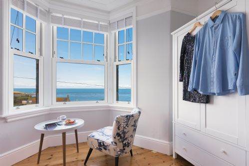 Upfront,up,front,reviews,accommodation,self,catering,rental,holiday,homes,cottages,feedback,information,genuine,trust,worthy,trustworthy,supercontrol,system,guests,customers,verified,exclusive,west coast house,cherished cottages ltd,st ives,,image,of,photo,picture,view