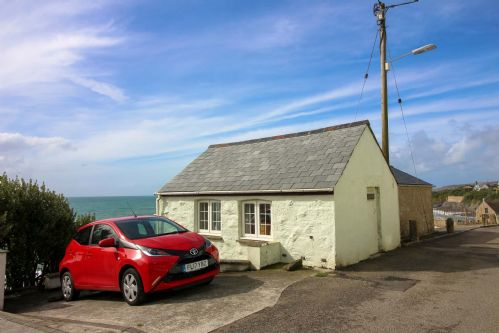 Upfront,up,front,reviews,accommodation,self,catering,rental,holiday,homes,cottages,feedback,information,genuine,trust,worthy,trustworthy,supercontrol,system,guests,customers,verified,exclusive,chy an mor,cornwalls cottages ltd,porthleven,,image,of,photo,picture,view