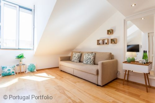Principe Real - Holiday Apartment in Central Lisbon