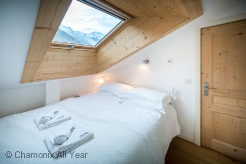 Second double bedroom has Mont Blanc views