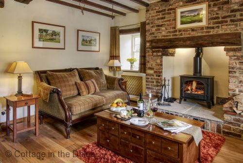 Upfront,up,front,reviews,accommodation,self,catering,rental,holiday,homes,cottages,feedback,information,genuine,trust,worthy,trustworthy,supercontrol,system,guests,customers,verified,exclusive,inglenook cottage,cottage in the dales,nr leyburn,,image,of,photo,picture,view
