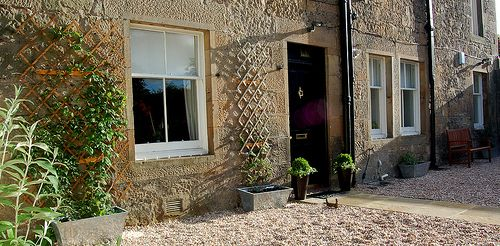 Upfront,up,front,reviews,accommodation,self,catering,rental,holiday,homes,cottages,feedback,information,genuine,trust,worthy,trustworthy,supercontrol,system,guests,customers,verified,exclusive,the courtyard,stirling self catering ltd,stirling,,image,of,photo,picture,view