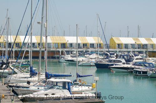 17 West Pier - Main Image