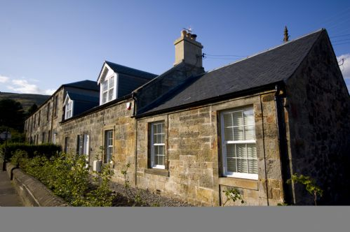 Upfront,up,front,reviews,accommodation,self,catering,rental,holiday,homes,cottages,feedback,information,genuine,trust,worthy,trustworthy,supercontrol,system,guests,customers,verified,exclusive,harviestoun house,stirling self catering ltd,dollar,,image,of,photo,picture,view