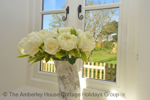 Upfront,up,front,reviews,accommodation,self,catering,rental,holiday,homes,cottages,feedback,information,genuine,trust,worthy,trustworthy,supercontrol,system,guests,customers,verified,exclusive,the barn at tillington,the amberley house cottage holidays group,petworth,,image,of,photo,picture,view