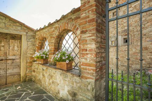 Gardens features,