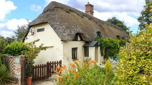 Longhouse Cottage