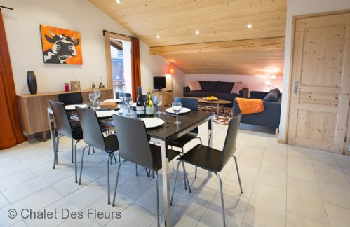 Upfront,up,front,reviews,accommodation,self,catering,rental,holiday,homes,cottages,feedback,information,genuine,trust,worthy,trustworthy,supercontrol,system,guests,customers,verified,exclusive,apartment la ranche,chalet des fleurs,montriond,,image,of,photo,picture,view