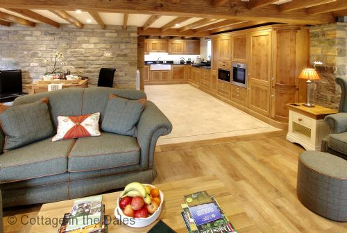 Upfront,up,front,reviews,accommodation,self,catering,rental,holiday,homes,cottages,feedback,information,genuine,trust,worthy,trustworthy,supercontrol,system,guests,customers,verified,exclusive,the dairy,cottage in the dales,leyburn,,image,of,photo,picture,view