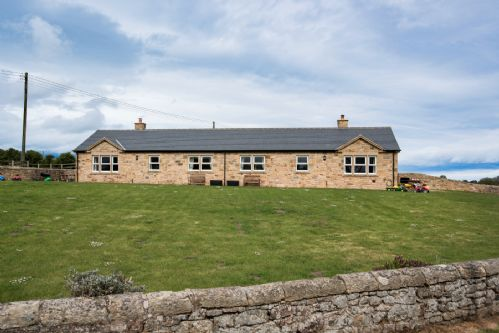 Upfront,up,front,reviews,accommodation,self,catering,rental,holiday,homes,cottages,feedback,information,genuine,trust,worthy,trustworthy,supercontrol,system,guests,customers,verified,exclusive,croft cottage,stay northumbria limited,newstead,,image,of,photo,picture,view