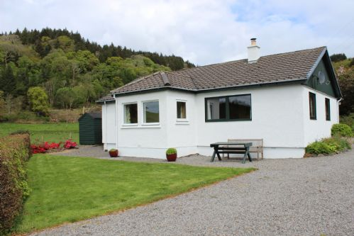 Upfront,up,front,reviews,accommodation,self,catering,rental,holiday,homes,cottages,feedback,information,genuine,trust,worthy,trustworthy,supercontrol,system,guests,customers,verified,exclusive,forest cottage,ardmaddy castle holiday cottages,by oban,,image,of,photo,picture,view