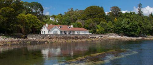Ardnagashel House, Ballylickey, Bantry, County Cork - 5 Bedrooms Sleeps 10