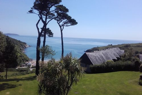 Upfront,up,front,reviews,accommodation,self,catering,rental,holiday,homes,cottages,feedback,information,genuine,trust,worthy,trustworthy,supercontrol,system,guests,customers,verified,exclusive,30 lower stables,holiday cornwall ltd,maenporth,,image,of,photo,picture,view