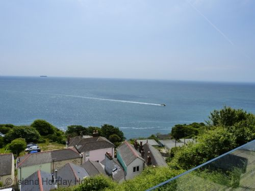 Upfront,up,front,reviews,accommodation,self,catering,rental,holiday,homes,cottages,feedback,information,genuine,trust,worthy,trustworthy,supercontrol,system,guests,customers,verified,exclusive,daisy cottage,island holiday homes,ventnor,,image,of,photo,picture,view