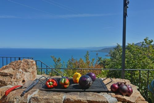 Upfront,up,front,reviews,accommodation,self,catering,rental,holiday,homes,cottages,feedback,information,genuine,trust,worthy,trustworthy,supercontrol,system,guests,customers,verified,exclusive,villa valeria,massimo villas,cefalu,,image,of,photo,picture,view