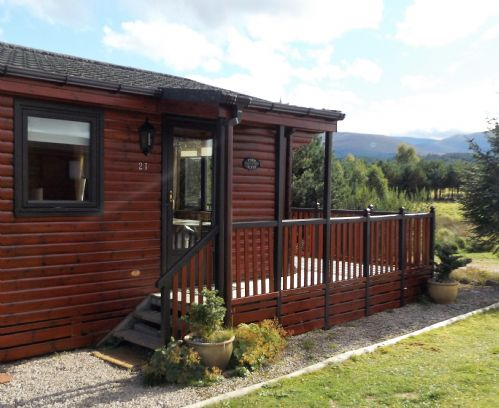 Upfront,up,front,reviews,accommodation,self,catering,rental,holiday,homes,cottages,feedback,information,genuine,trust,worthy,trustworthy,supercontrol,system,guests,customers,verified,exclusive,chalet 21,dalraddy holiday park,aviemore,,image,of,photo,picture,view