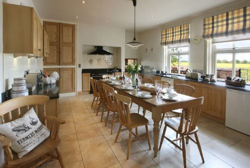 Upfront,up,front,reviews,accommodation,self,catering,rental,holiday,homes,cottages,feedback,information,genuine,trust,worthy,trustworthy,supercontrol,system,guests,customers,verified,exclusive,clock farm house,clock farm holidays,york,,image,of,photo,picture,view