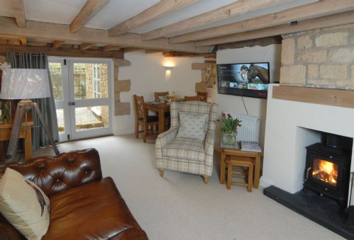 Upfront,up,front,reviews,accommodation,self,catering,rental,holiday,homes,cottages,feedback,information,genuine,trust,worthy,trustworthy,supercontrol,system,guests,customers,verified,exclusive,diamond cottage,cotswolds hideaways,chipping campden,,image,of,photo,picture,view