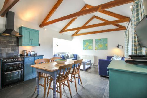 Upfront,up,front,reviews,accommodation,self,catering,rental,holiday,homes,cottages,feedback,information,genuine,trust,worthy,trustworthy,supercontrol,system,guests,customers,verified,exclusive,polhendra barn,cornwalls cottages ltd,portscatho,,image,of,photo,picture,view