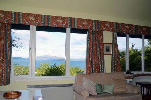Upfront,up,front,reviews,accommodation,self,catering,rental,holiday,homes,cottages,feedback,information,genuine,trust,worthy,trustworthy,supercontrol,system,guests,customers,verified,exclusive,yealand house,argyll self catering holidays,crinan,,image,of,photo,picture,view