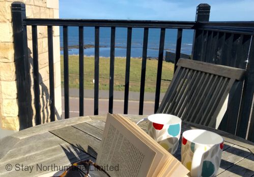 Upfront,up,front,reviews,accommodation,self,catering,rental,holiday,homes,cottages,feedback,information,genuine,trust,worthy,trustworthy,supercontrol,system,guests,customers,verified,exclusive,6 seafield - portside,stay northumbria limited,seahouses,,image,of,photo,picture,view